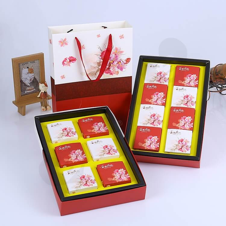Custom Printing Cardboard Gift Box With Paper Bag For Cakes side view two