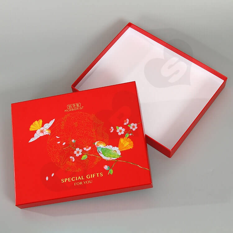 Glossy Red Cardboard Gift Box For Skin Care Product side view three