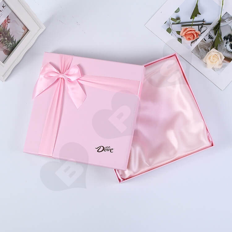 Luxury Pink Rigid Box For Chocolate side view one
