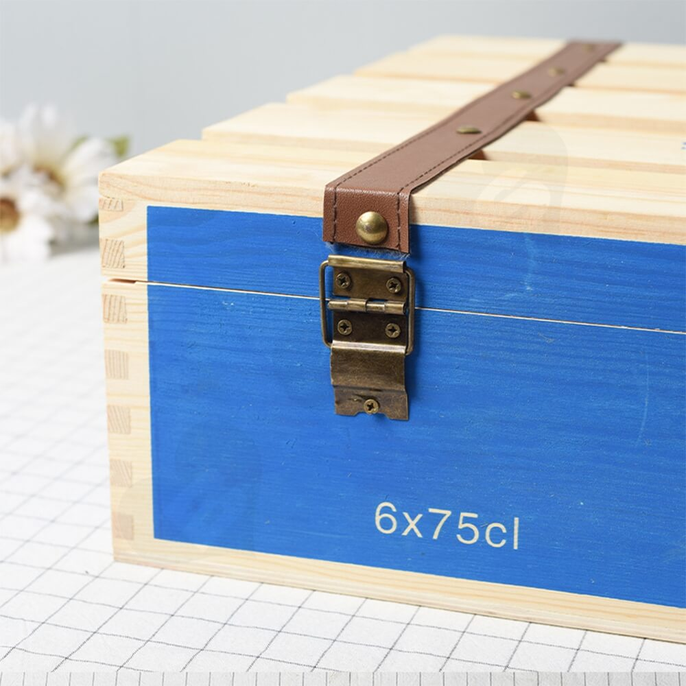Customizable Six Pack Wine Box With Timber Divider Side View Three